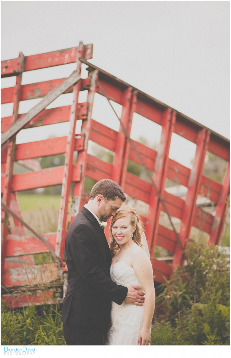 ographer - the Bride and Groom - Purple Hill Farms - Broken Down Wagon